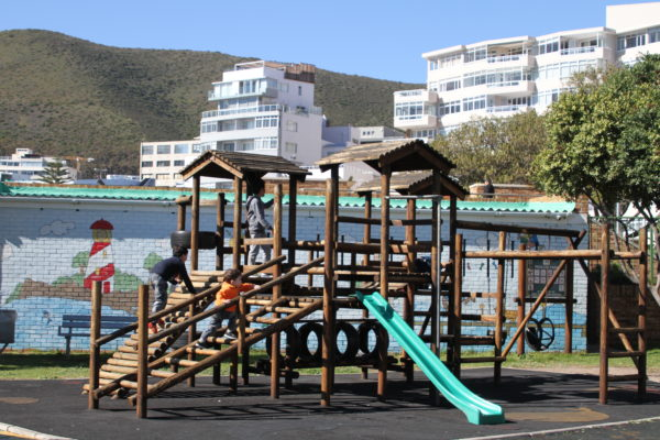Cape Town, child friendly, things to do, parenting, kids activities, agaaain, outings, childhood, things to do, things to do with kids in Cape Town, things to do with kids near me, things to do with kids this weekend, kids activities this weekend, family adventures Cape Town, children's activities Cape Town, toddlers, pavilion rotary park, sea point, jungle gym, atlantic seaboard